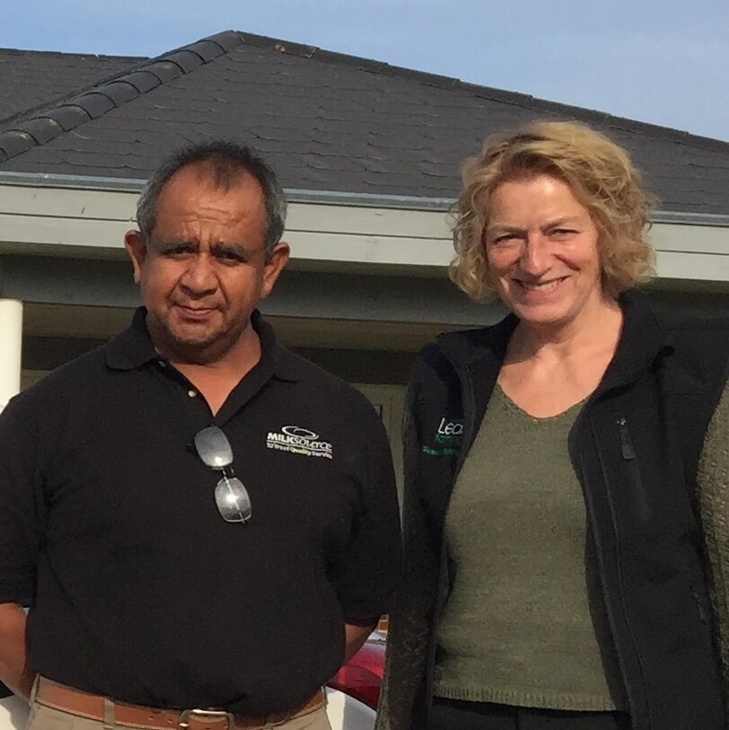 Juan Quezada from one of the largest and very best dairy farms in the world and Susanne Pejstrup, Lean Farming® in Denmark work together to inspire farmers in leadership
