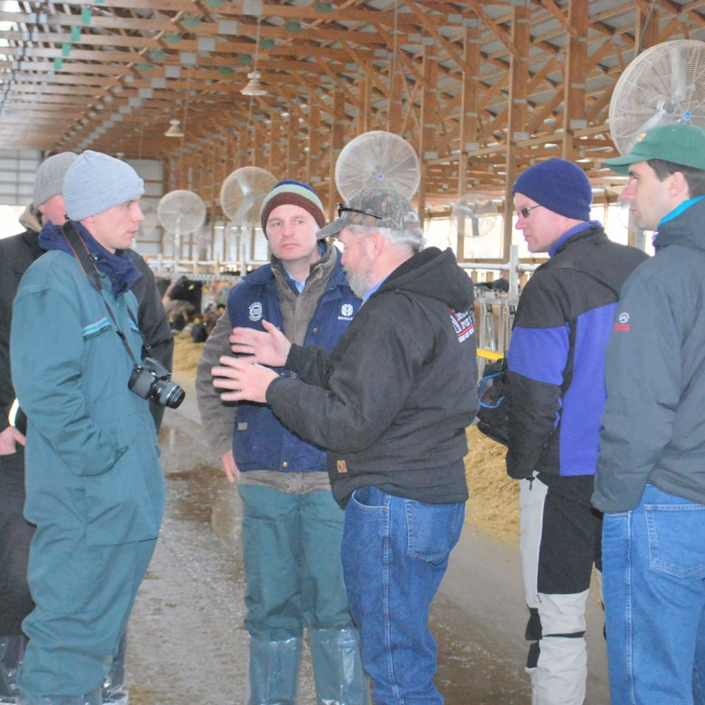 Lean Farming and Danace makes study tours for managers with focus points such as leadership, barn design, management